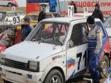 На трассе в районе села Бобкова проходит Открытый чемпионат Алтайского края по автокроссу.